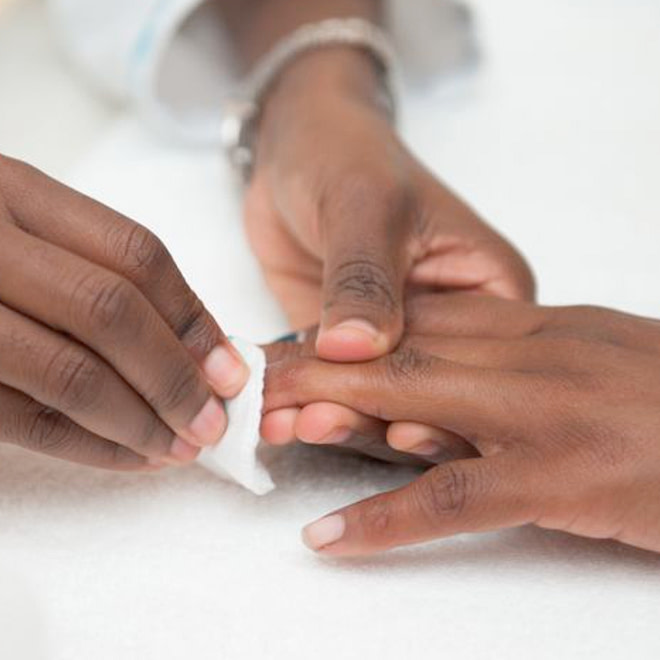 Manicure service in egbeda Lagos by estreme therapy